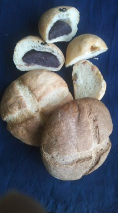 小池の糀で発酵させたパン